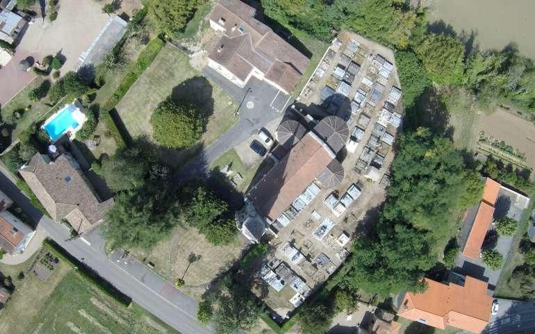 Vidéo drone du village réalisée par un riverain